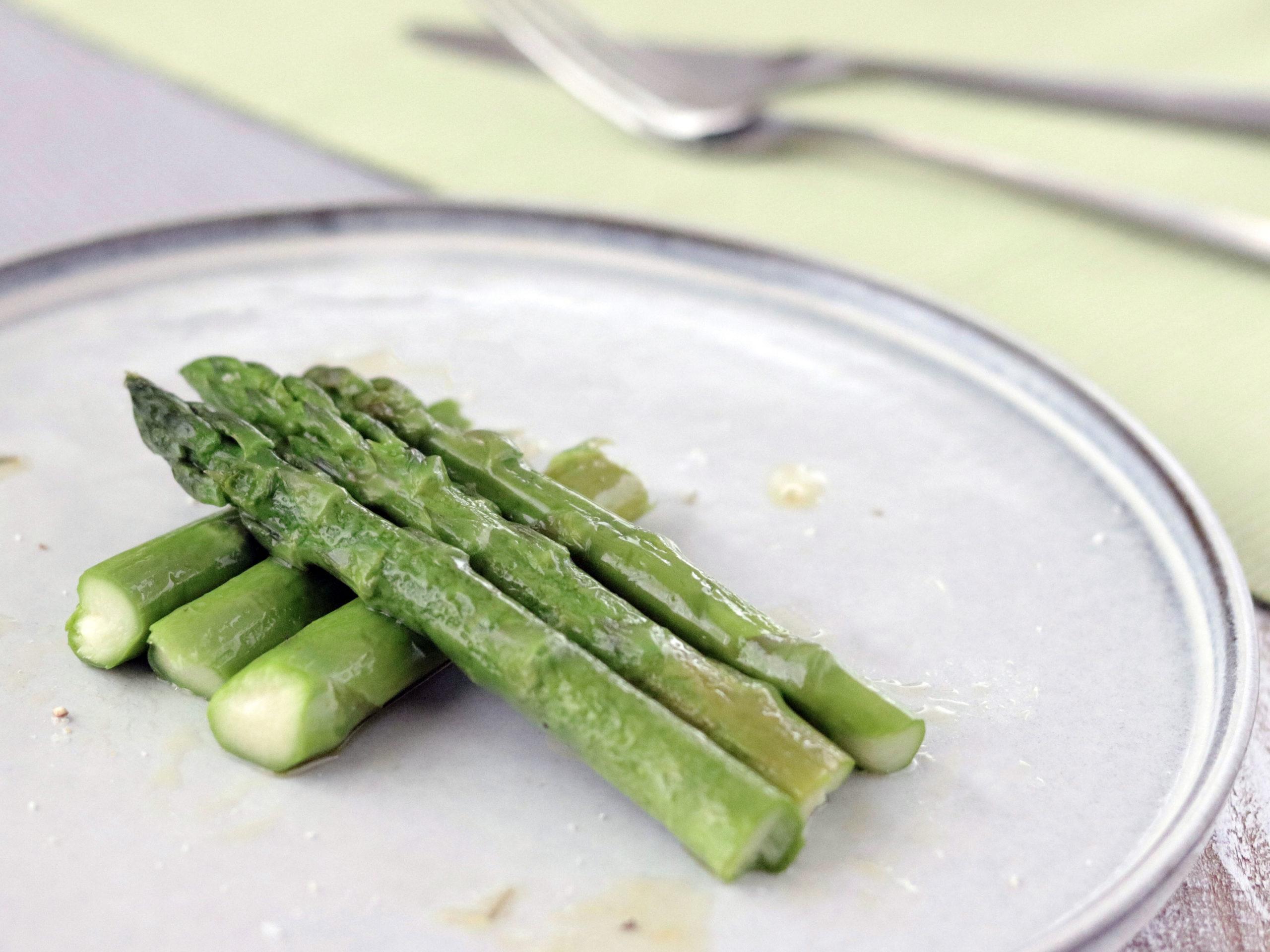 アスパラガスの瞬間蒸し野菜